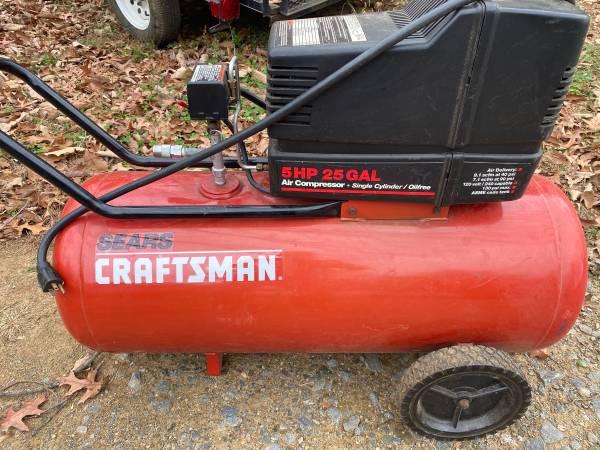 Photo Craftsman 25 Gal 5HP Air Compressor - $175 (Ellijay)