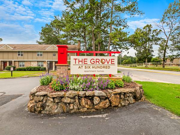 Photo Great Location -- New Renovations -- The Grove  600 (Rome)