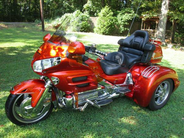 Photo HONDA GOLDWING GL 1800 W CHAMPION TRIKE KIT CONVERSION - $13,900 (ROME,GA)