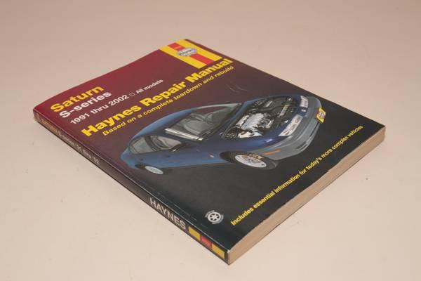 Photo Haynes 1991-2002 Saturn S-series service  repair manual - $8 (DALTON)