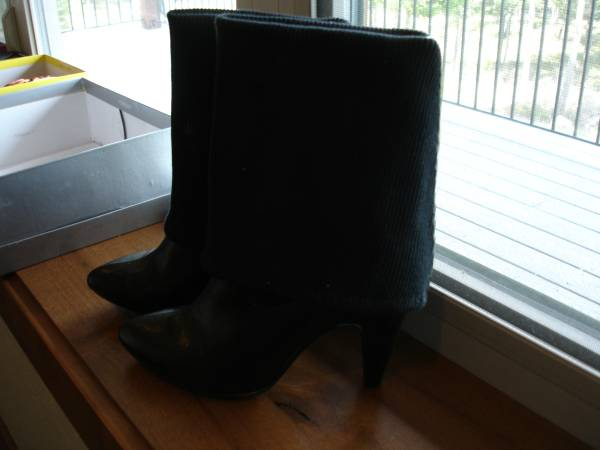 Photo Jessica Simpson High Heel Boots - $25 (Rome)