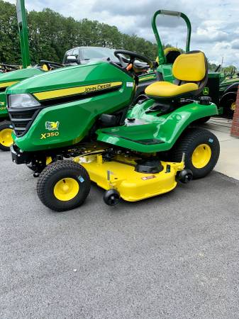 Photo John Deere X350 Riding Lawn Mower 48quot New - $3,699 (Rome)