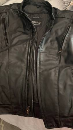 Photo Leather motorcycle jacket by element motorcycle gear with BMW insignias - $200 (Rome)