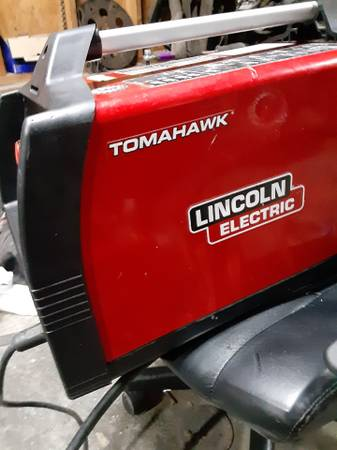 Photo Lincoln Plasma cutter 625 - $500 (trion)