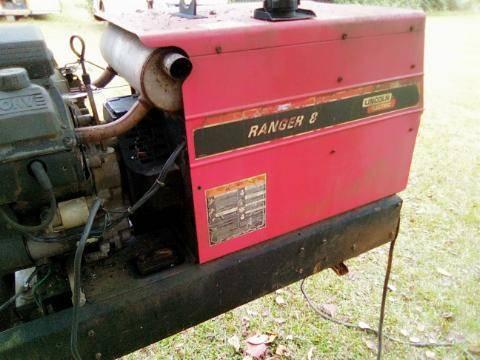 Photo Lincoln Ranger 8 Welder - $1,400 (Summerville Ga)