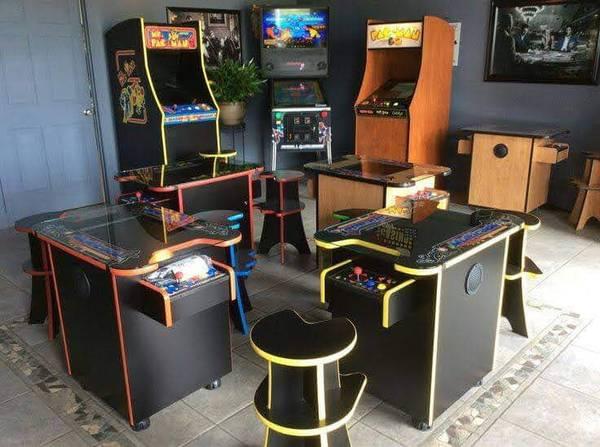 Photo Multicade Arcade and Virtual Pinball - $1,395 (Sevierville)
