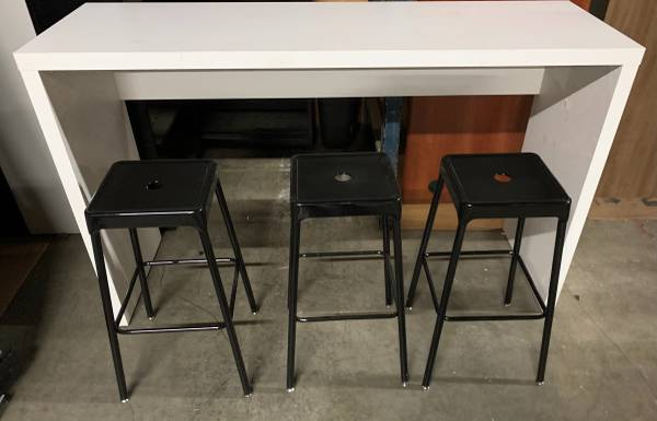 Photo (NEW) Cafe Break Room Table Standing Height wStools (Atlanta)