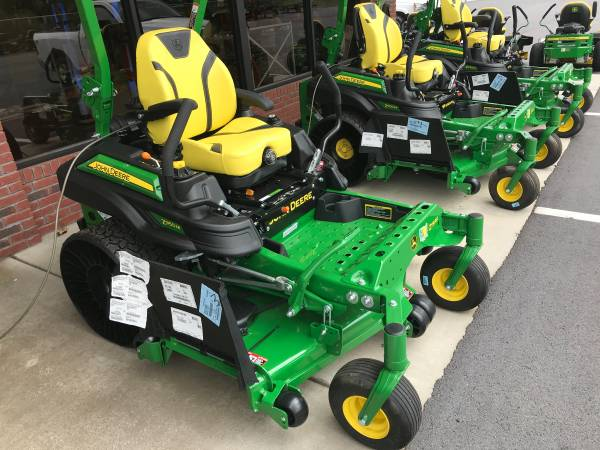 Photo NEW JOHN DEERE Z950M ZERO TURN LAWN MOWER - $10,999 (ROME)