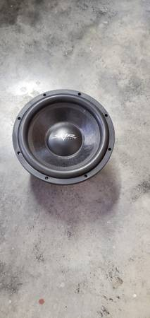 Photo Skar audio Subwoofer and Amplifier. - $250 (Adairsville)