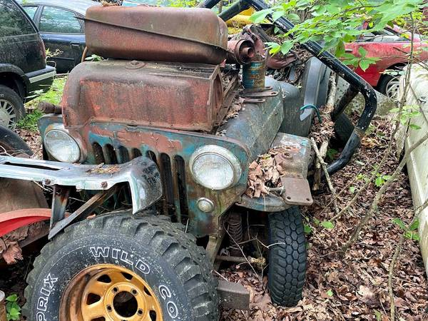 Photo Willys Jeep with Parkette Fiberglass Body and Chassis - $2,500 (Blue Ridge)