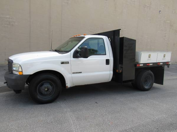 Photo 2003 FORD F350 SD  27K ORIGINAL MILES  7.3 L DIESEL  1OWNER  - $16,995 (NO DOC FEES)