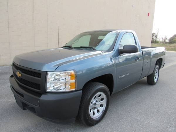 Photo 2013 CHEVY SILVERADO 1500 WT  58K MILES  LONG BED  1 OWNER  - $15,995 (NO DOC FEES)