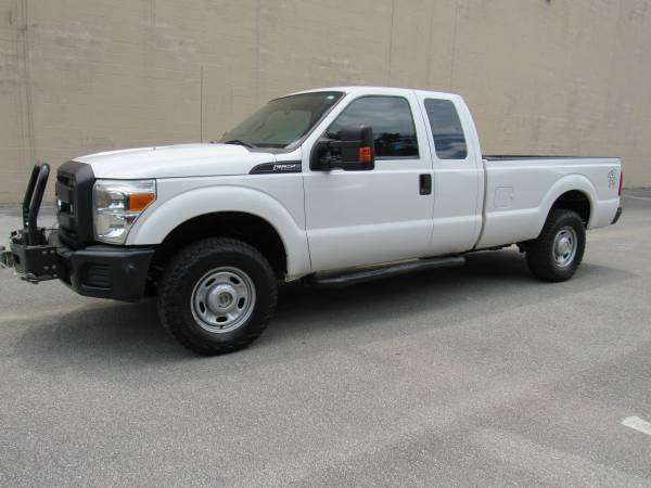 Photo 2013 FORD F250 SUPER DUTY XLT  4X4  LONG BED  1 OWNER  - $18,995 (NO DOC FEES)