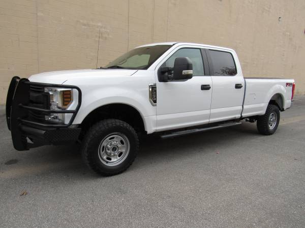 Photo 2019 FORD F250 SUPER DUTY  V8  LONG BED  1 OWNER  4X4  - $37,995 (NO DOC FEES)