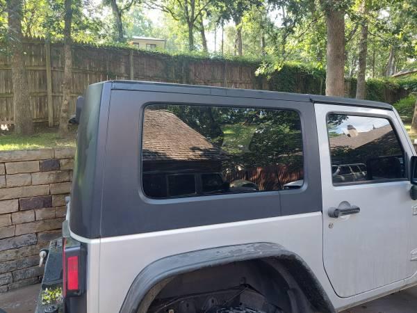 Photo 2007-2017 OEM Factory Original Jeep JK Wrangler 2 Door Hard Top - $1,975 (Tulsa Oklahoma)