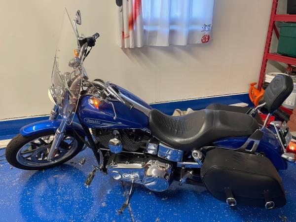 Photo 2007 Harley Davidson Dyna Low Rider - $8,000 (Wichita)