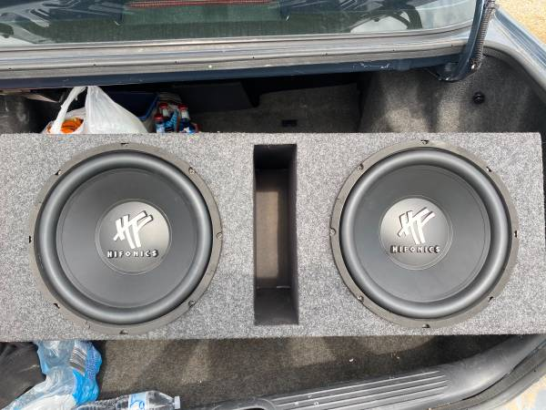 Photo 2 12 ported hifonics subs in box with 1500 planet audio  - $350 (Wichita)