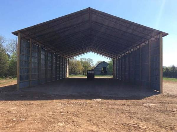 Photo 40 wide used commercial chicken houses for barn kits (Pea Ridge Arkansas)