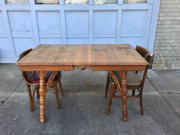 Photo Oak Dining Table and CHOICE of Four Chairs - $125 (HarryYale)