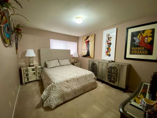 Photo TWIN RIVERS APARTMENTS IS CLOSE TO PARKS, MUSEUMS AND GOLF COURSES (Wichita)