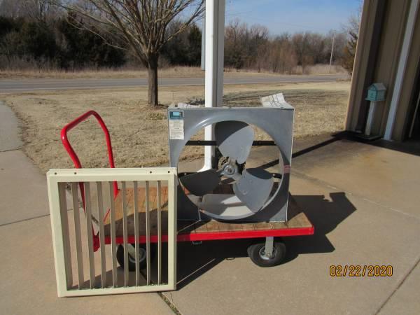 Photo Whole house exhaust fan - $90 (Goddard)