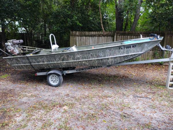 Photo 16 FT JON BOAT WITH VANGUARD BEAVERTAIL MUD MOTOR - $4,000 (Dunnellon)