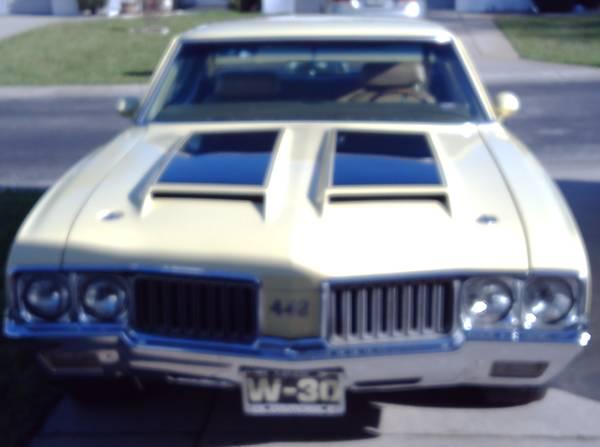 Photo 1970 Oldsmobile 442 W30 replica, 455, auto. - $22,900 (Inverness)