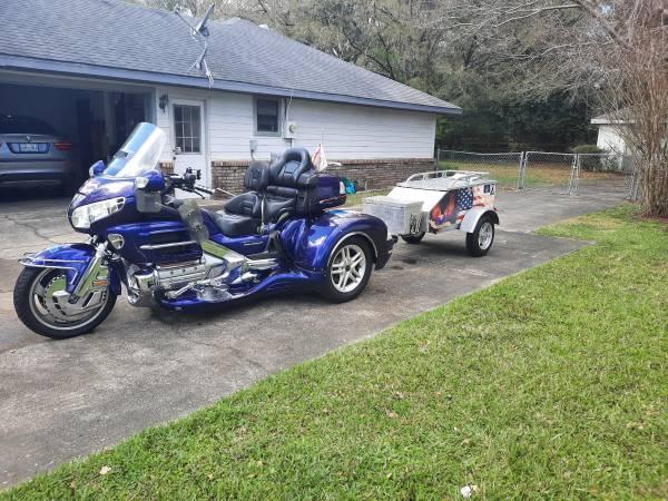 Photo 2002 1800 Honda goldwing with a 2012 large California trike kit - $8,000 (Ocala)