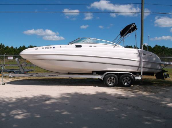 Photo 2004 Fourwinns 264 Fun Deck - $26,995 (Leesburg)