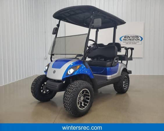 Photo 2015 Yamaha Gas Carb STREET READY, DELUXE, Golf Cart, Blue  Silve - $7,395 (Sauk Centre)