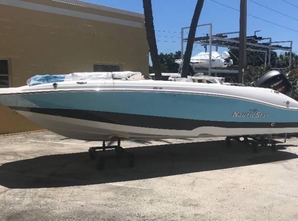 Photo 2020 Nautic Star Deck Boat - $45,000 (Dunnellon)