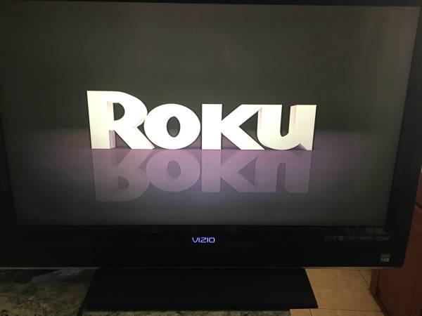 Photo 32 inch vizio tv with roku - $85 (Fort mccoy)