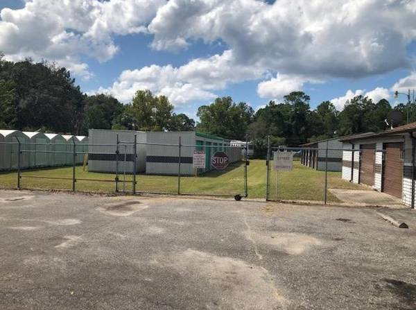 Photo 65 Unit Self Storage with Seller Financing - $335,000 FIRM (SILVER SPRINGS)