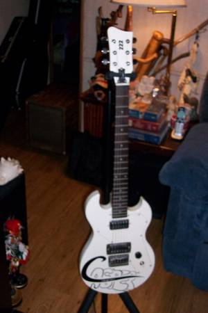 Photo Electric Guitar by 222 - First Act - $55 (East Silver Springs)