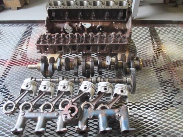 Photo Ford 300 Inline Engine - $200 (ocala)