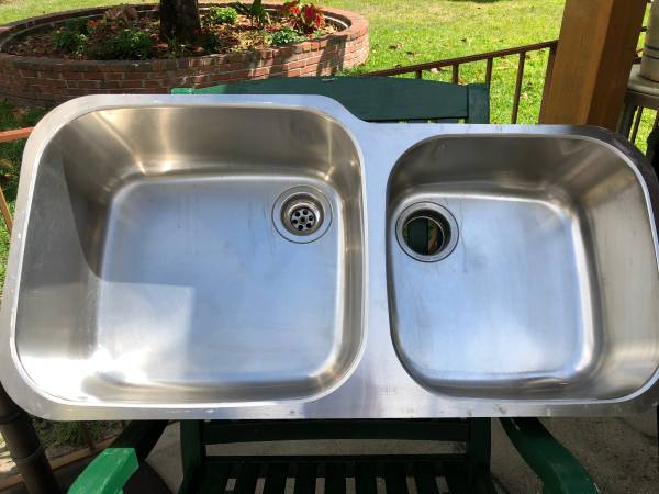 Photo Franke Stainless Steel Double Sink - $160 (Gainesville)