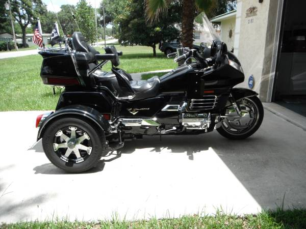 Photo Honda 1500 Gold wing trike for sale - $7,200 (Silver Springs)