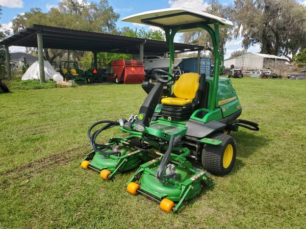 Photo JD 7400A Commercial Mower - $15,999 (Webster Fl)