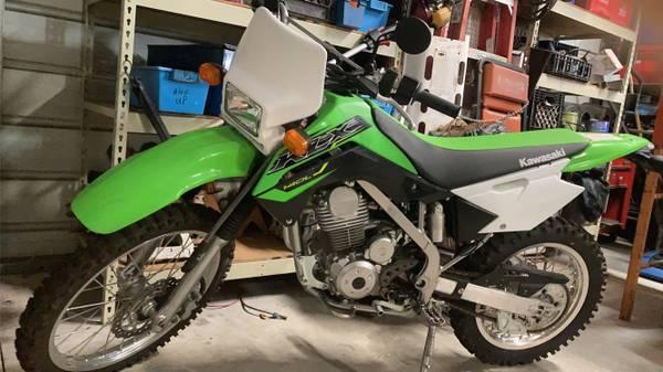 Photo KLX140L Dirt Bike 2019 - $3,300 (ocalasalt springs)
