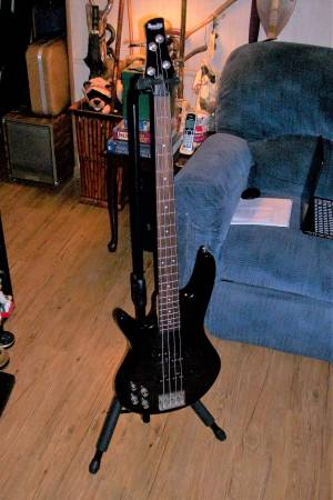 Photo Left Handed - Ibanez Bass Guitar  GSR200FML Transparent Gray - $145 (East Silver Springs)