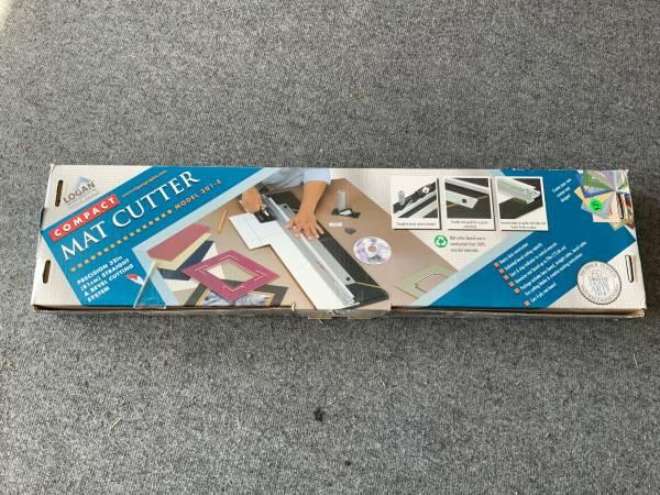Photo Logan 301-S Compact Mat Cutter - $25