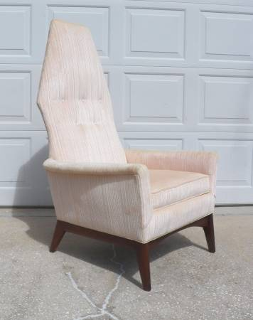 Photo MID CENTURY HIGH BACK LOUNGE CHAIR ADRIAN PEARSALL STYLE - $550 (INVERNESS)