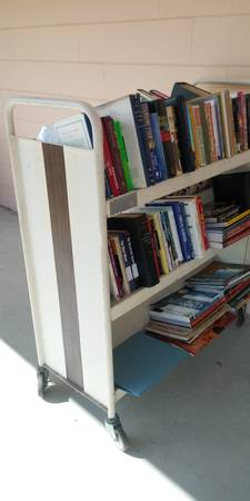 Photo Metal rolling library book cart - $250 (Bushnell)