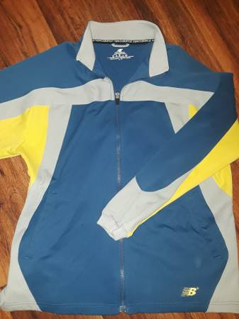 Photo New balance mens running jacket - $13 (Citrus hills)