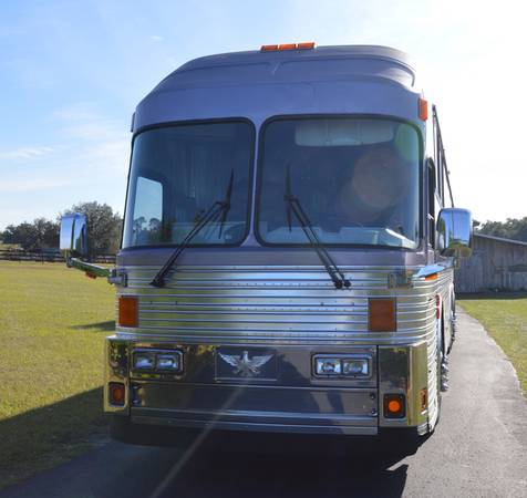 Photo SILVER EAGLE 12 BUS MH - $42000 (Bushnell , FL.)