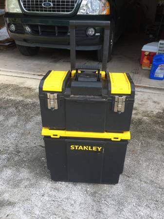 Photo Stanley 3-in-1 Rolling Workshop - Pull Behind Tool Box on Wheels - $25 (Inverness)