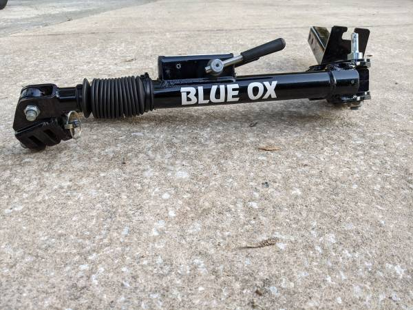 Photo Tow bar Blue OX - $275 (Mount Dora)
