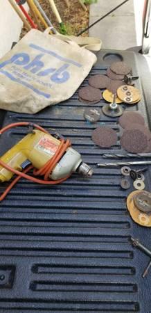 Photo Vintage Black and Decker drill with Sanding disk - $20 (Ne ocala)