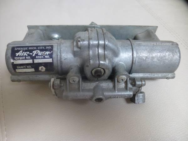 Photo Windshield Wiper Vacuum Motor -1960  1961 Ford Galaxie Sunliner - $55 (Leesburg)