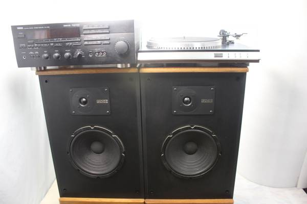 Photo Yamaha RX-V890-Advent Legacy and Sanyo Plus Turntable Reduced $375 - $425 (Floral City)